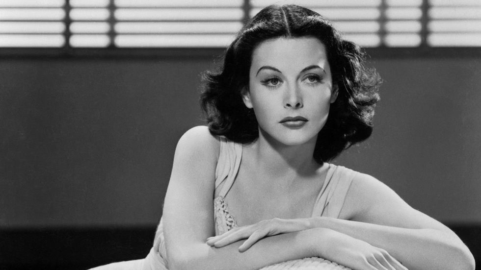 Hedy Lamarr, icono cinematográfico, ingeniera e inventora del actual Wifi